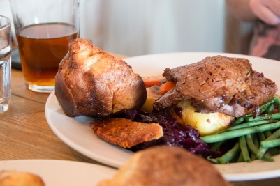 Amble Pie - Sunday lunch at the Fostons Ash Inn